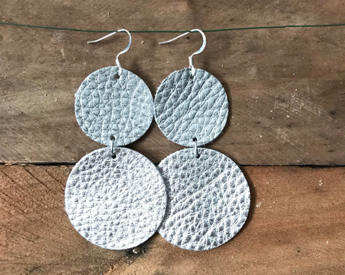 CoCo - Silver Circle Dangle Leather Earrings.