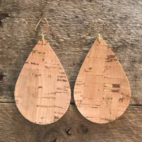 natural-tan-and-gold-teardrop-cork-earrings