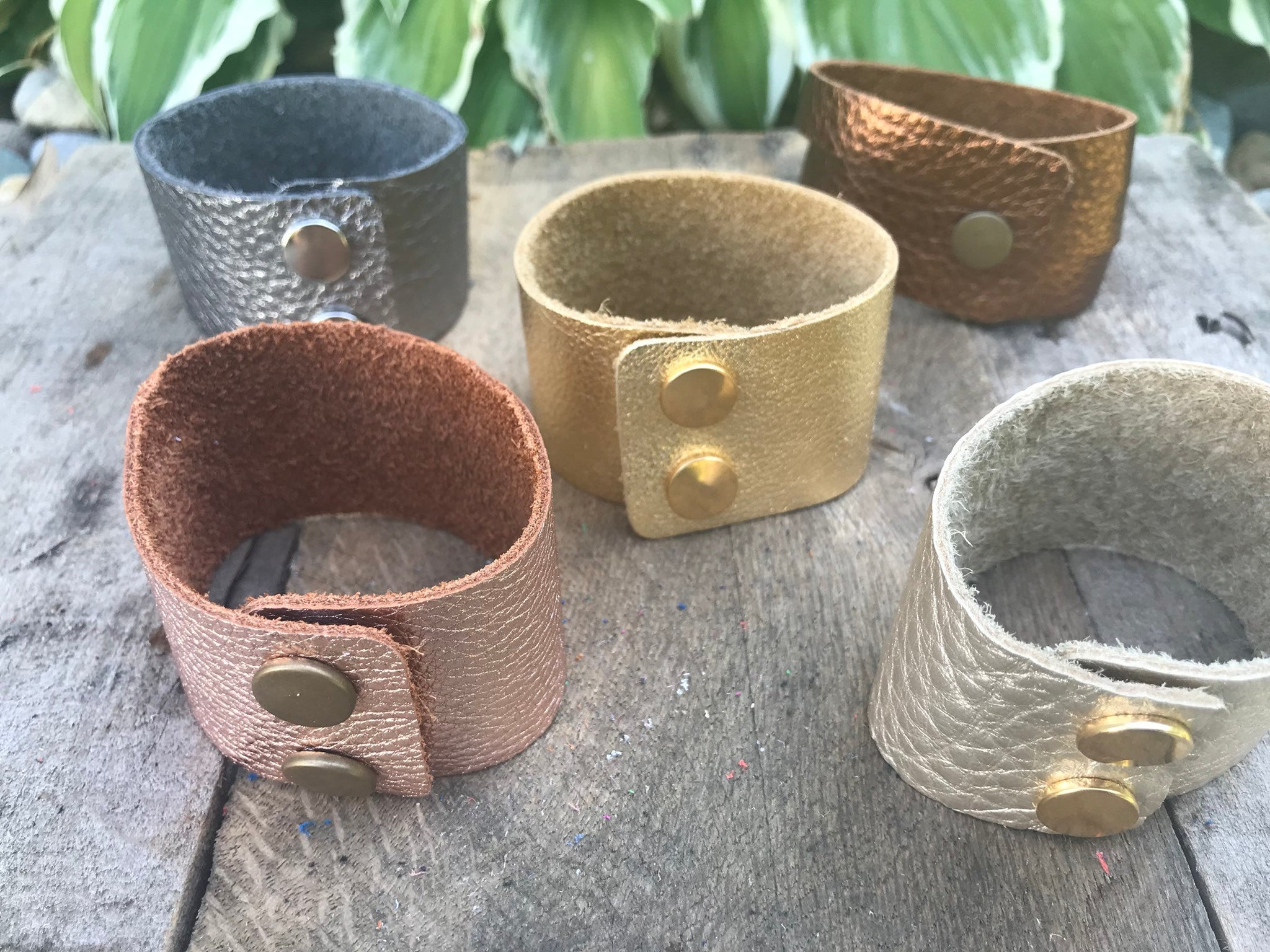 metallic-thick-cuff-leather-bracelet-solid-or-three-strap-sliced