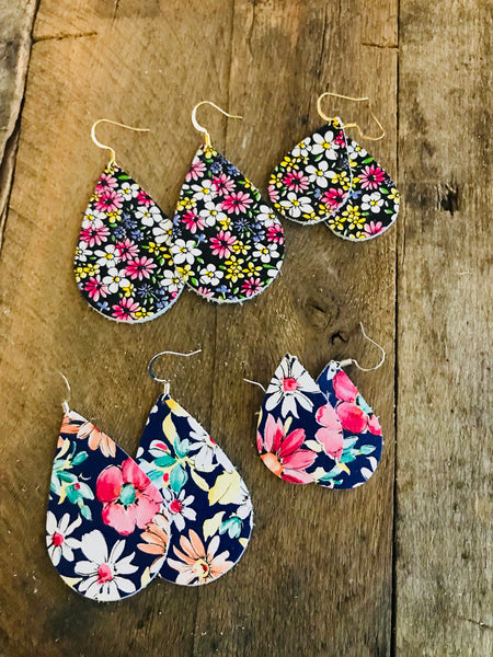 wildflower-floral-teardrop-leather-earrings