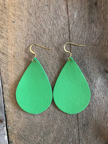 green-teardrop-leather-earrings