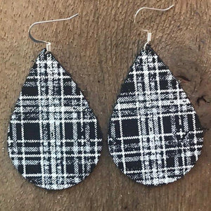 black-white-plaid-teardrop-leather-earrings