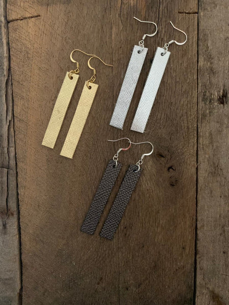 joanna-saffiano-leather-bar-rectangle-earrings