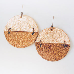 Duo Patricia - Leather Circle Earrings
