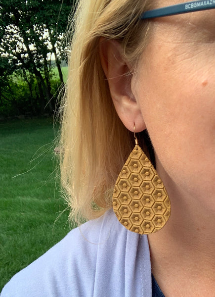 mustard-yellow-honeycomb-leather-earring