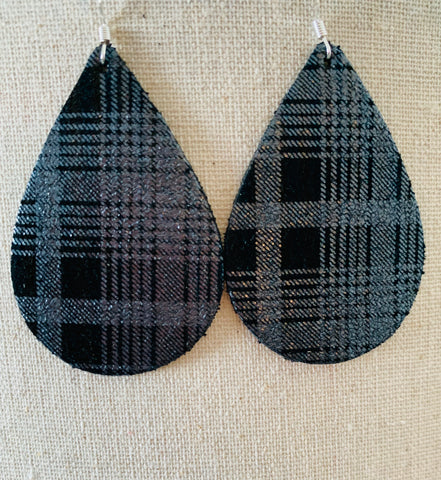 black-white-grey-plaid-teardrop-leather-earrings