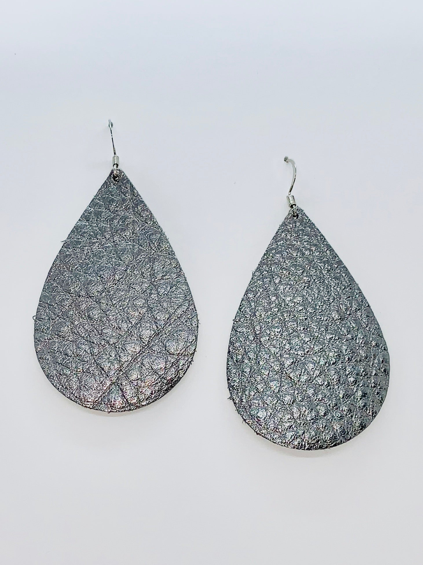gun-metal-grey-metallic-teardrop-leather-earrings