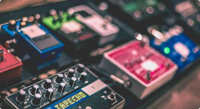 Top 5 'Must Have' Guitar Effects Pedals