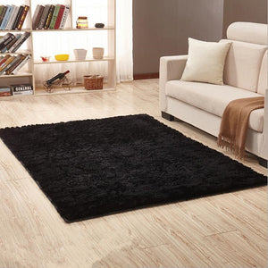 Soft Black Shaggy Carpet - Paruse