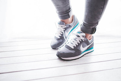 Running Shoes For Flat Feet: Our Top Recommendations