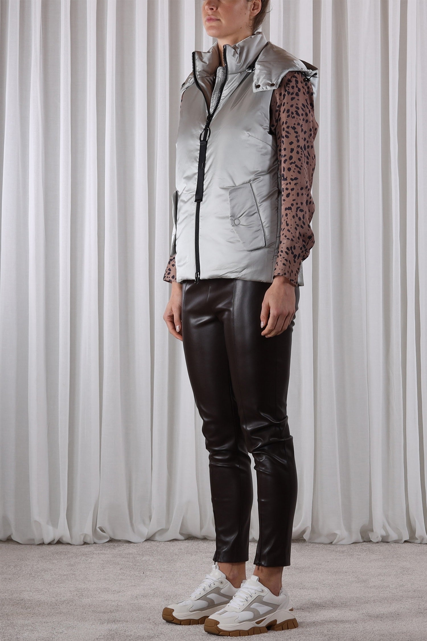 Metallic Hooded Gilet-Gilet-Jenny's Boutique