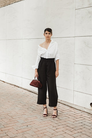 Crop Linen Pant in Black