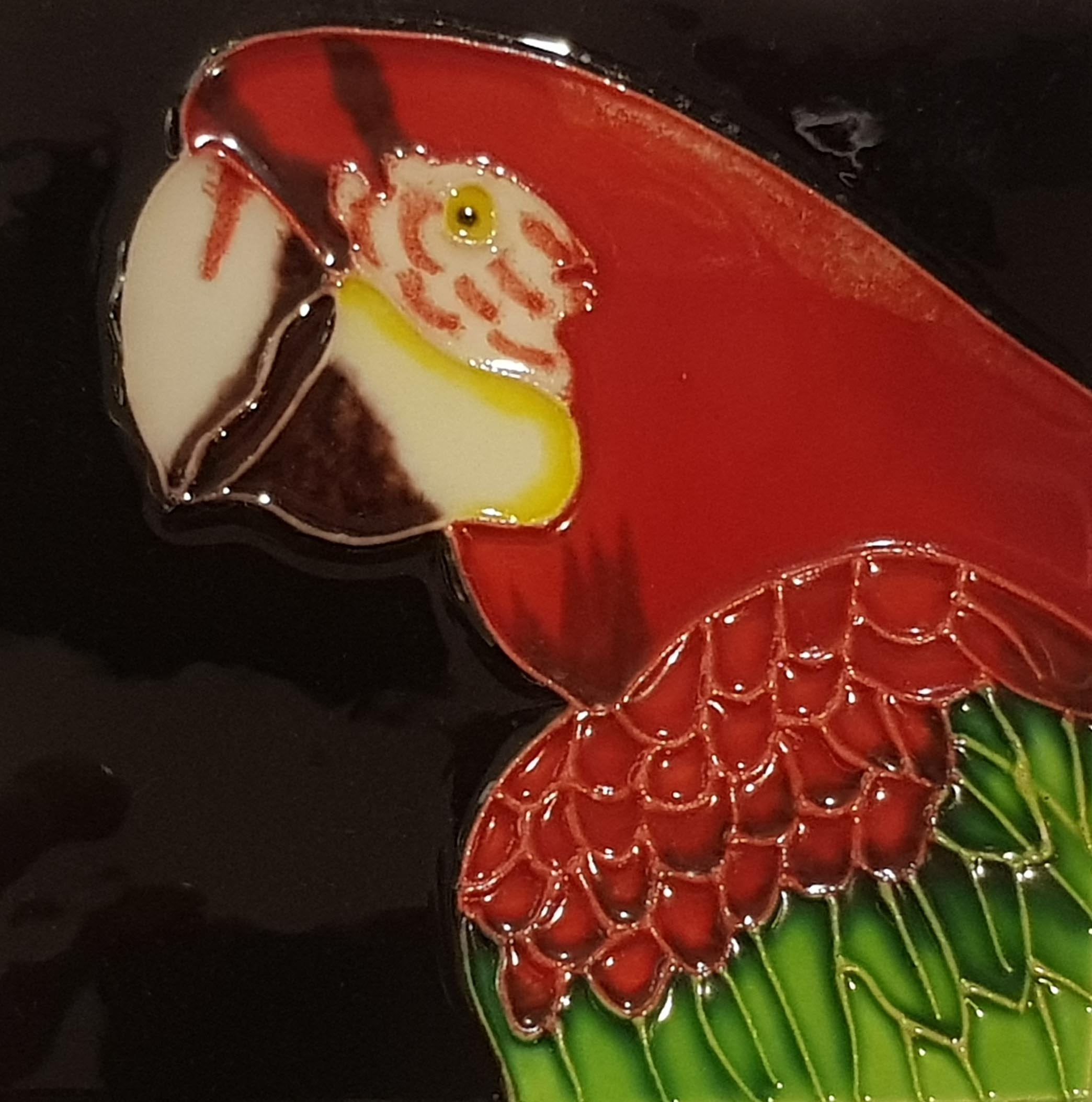 1028 Parrot with White Beak and Red Top 10cm x 10cm Ceramic Tile