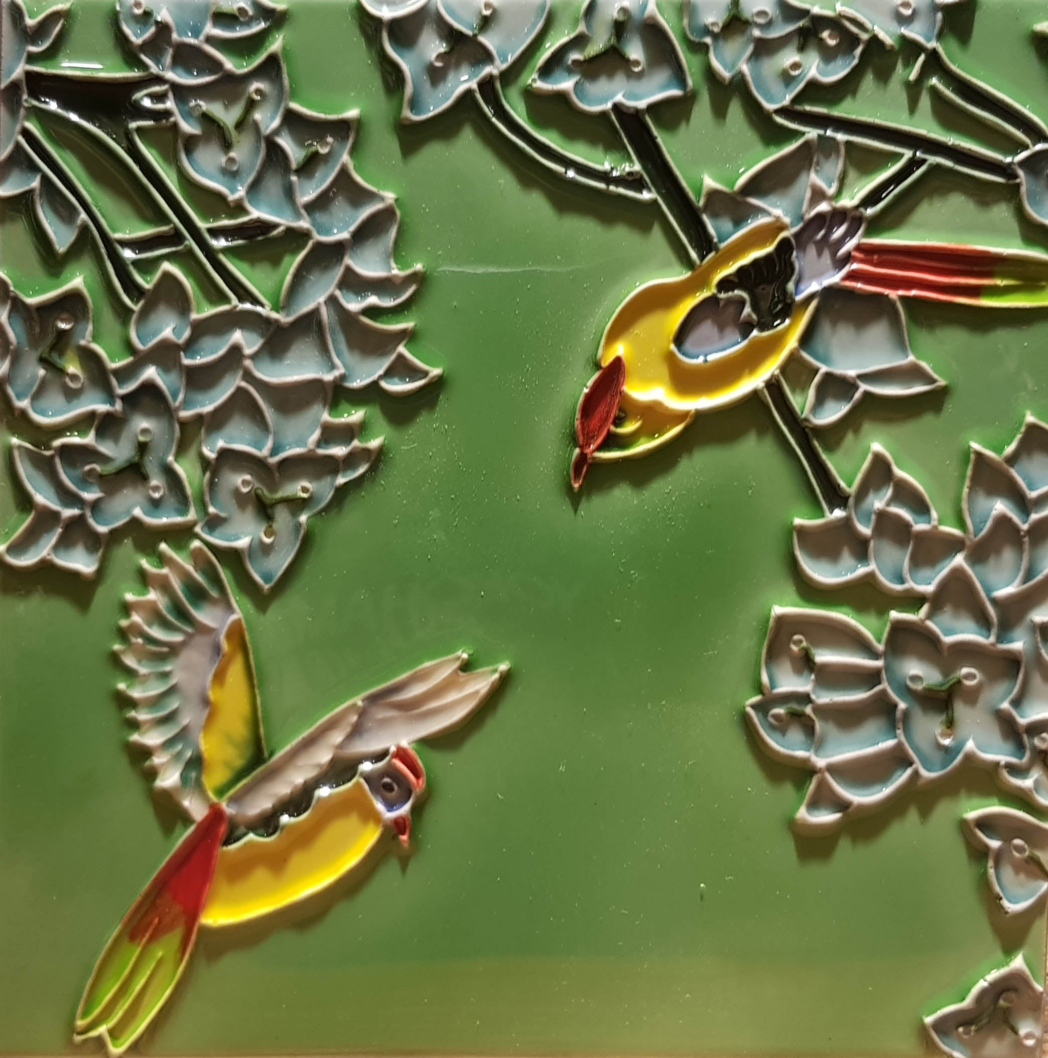 2186 Jade Leaf and Yellow Bird 20cm x 20cm Ceramic Tile
