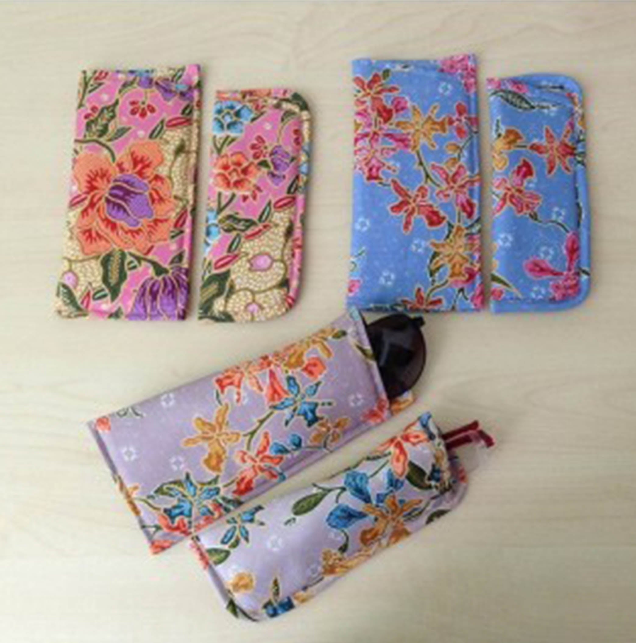 Peranakkan Spectacle Case