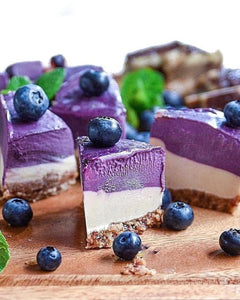 Creamy Blueberry & Vanilla Cheesecake (Raw Vegan)