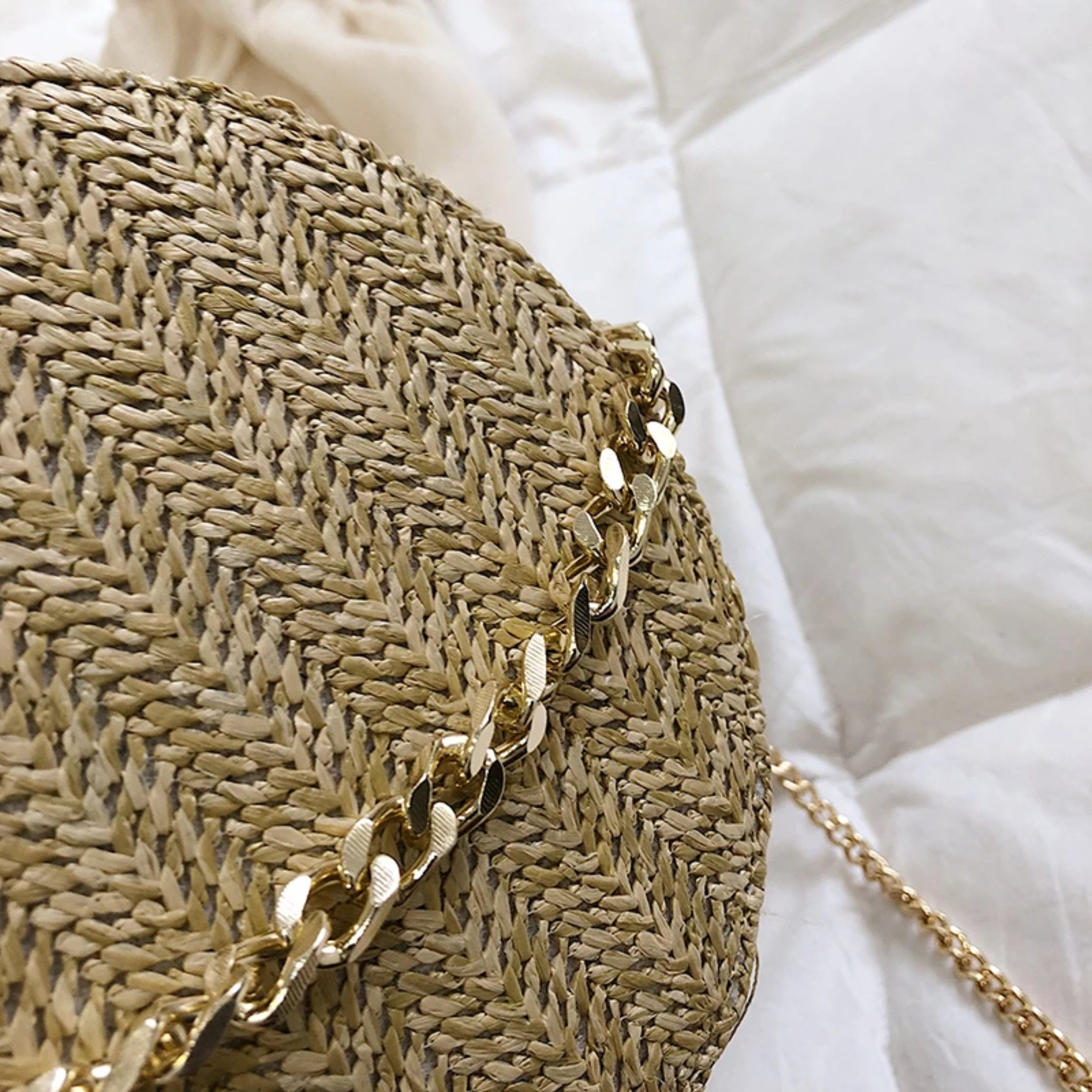 Jo - The Straw Woven Shoulder Bag - Izzabel