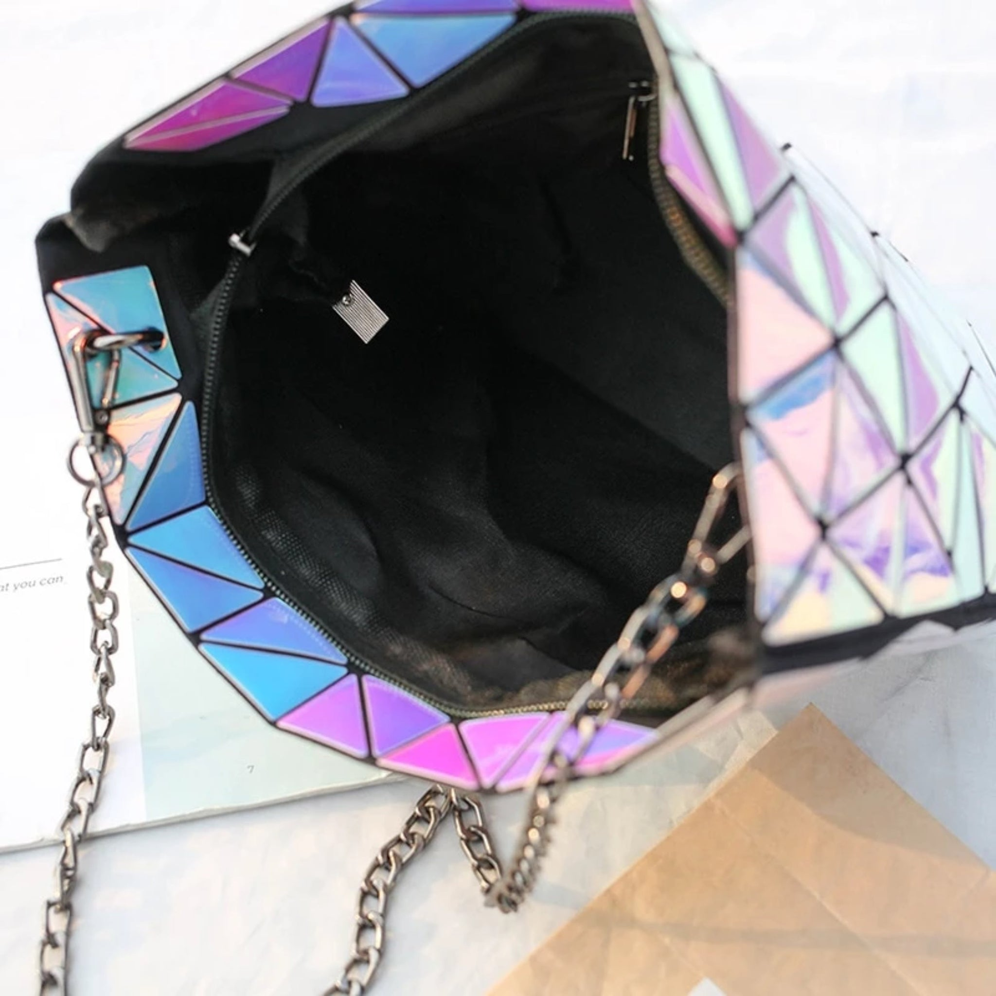 Chapter - Geometric Chain Crossbody Bag - Izzabel