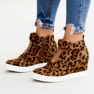 Nara - Wedge Heel Ankle Bootie - Izzabel