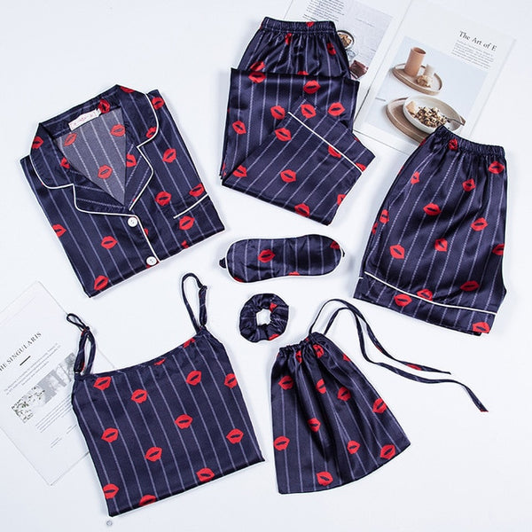 Nikola - 7 Pieces Pyjama Set - Izzabel