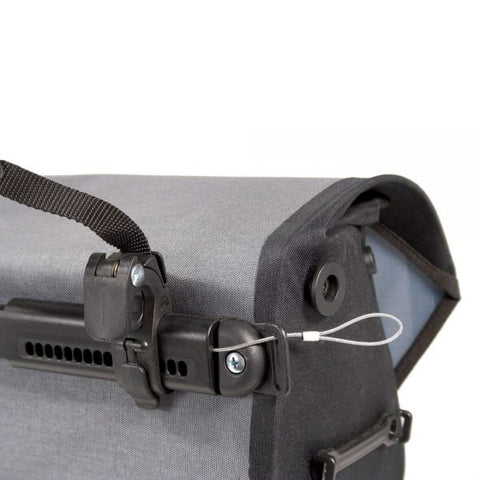 Ortlieb anti-theft device for QL2.1 pannier bags