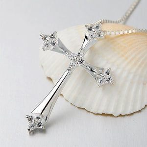 God's Love Cross, Silver Cross Necklace, Short Clavicle Chain