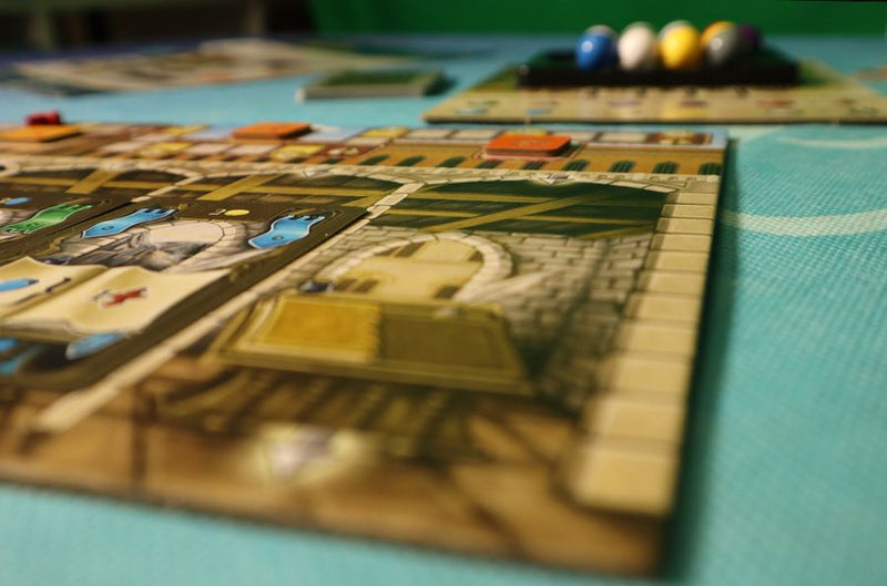 Masters of Renaissance: Lorenzo il Magnifico – The Card Game Board Game - Macronova Games