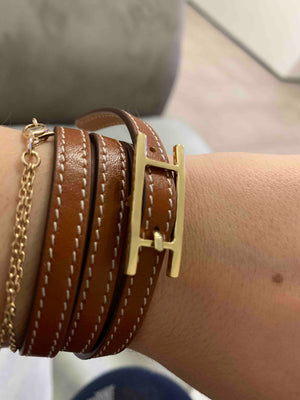 H Leather Buckle Bracelet