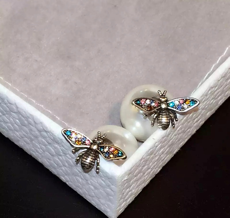 Multi Colour Simple Bee Pearl Stud Earring