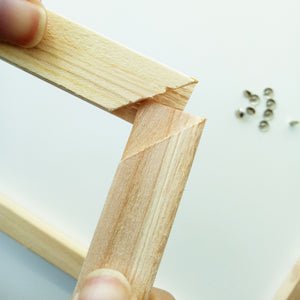 Sturdy diy wood frame connecting corners