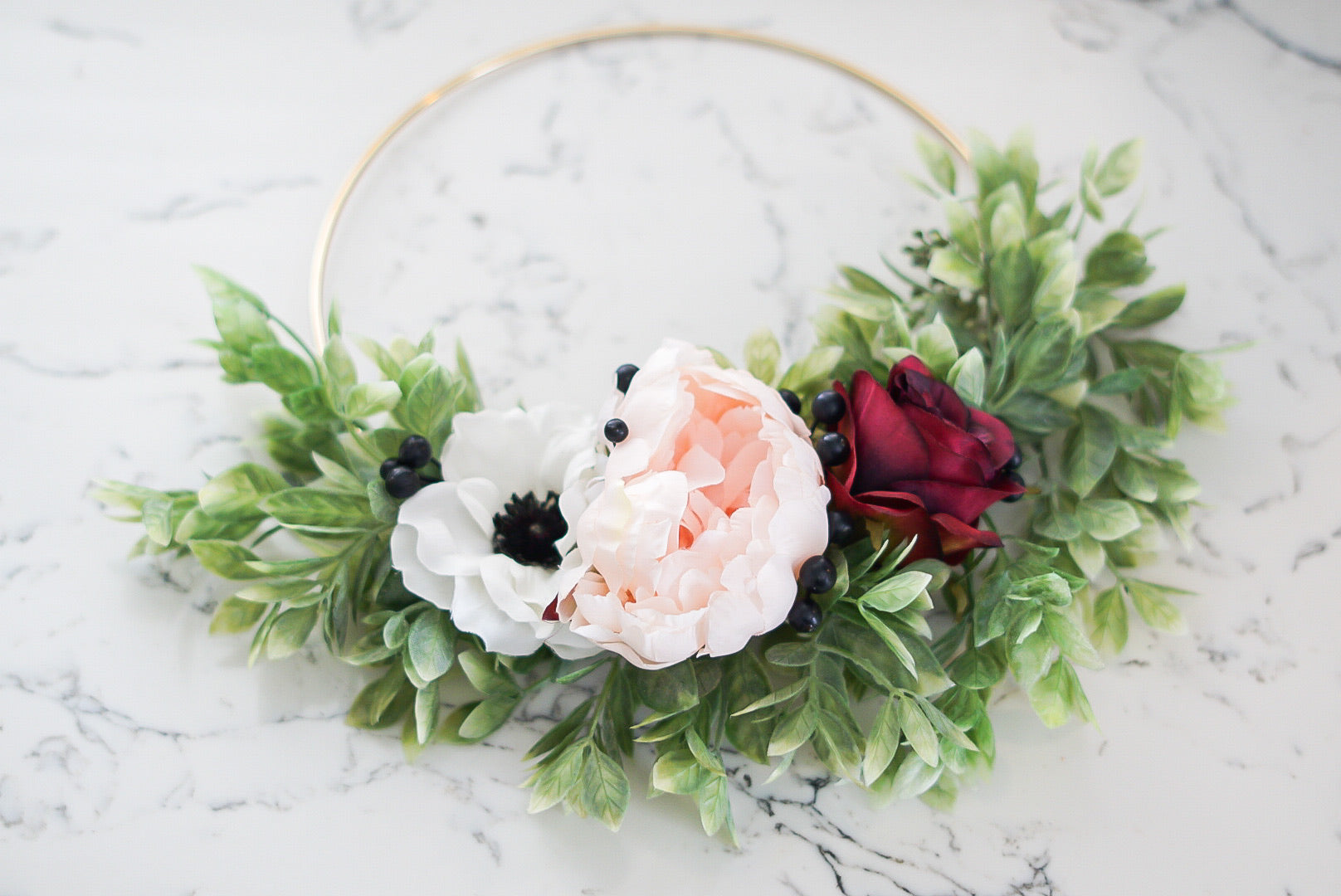 Poppy Lou -10inch Hoop Wreath