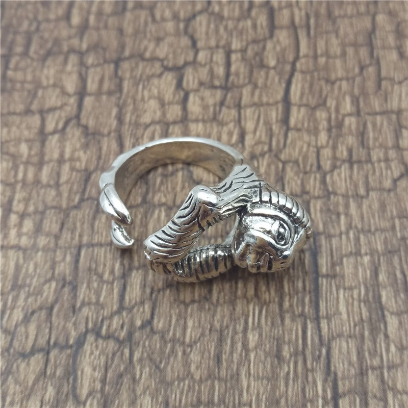 Vintage Adjustable Cool Sloth Ring - Trinket Fascinations Jewelry