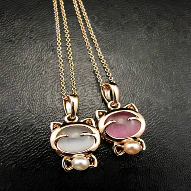 Lucky Cat Bohemian Stone Pendant Pearl Necklace