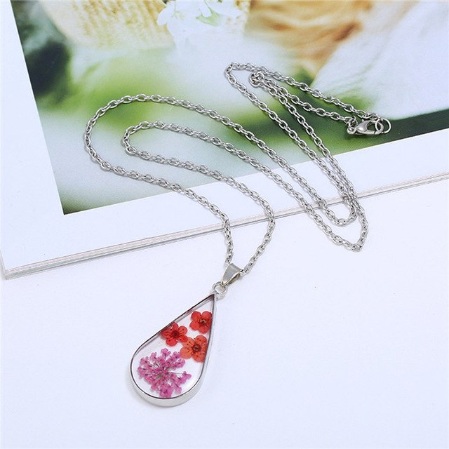 Vintage Colorful Dried Flowers Resin Oval Pendant Necklace - Trinket Fascinations Jewelry
