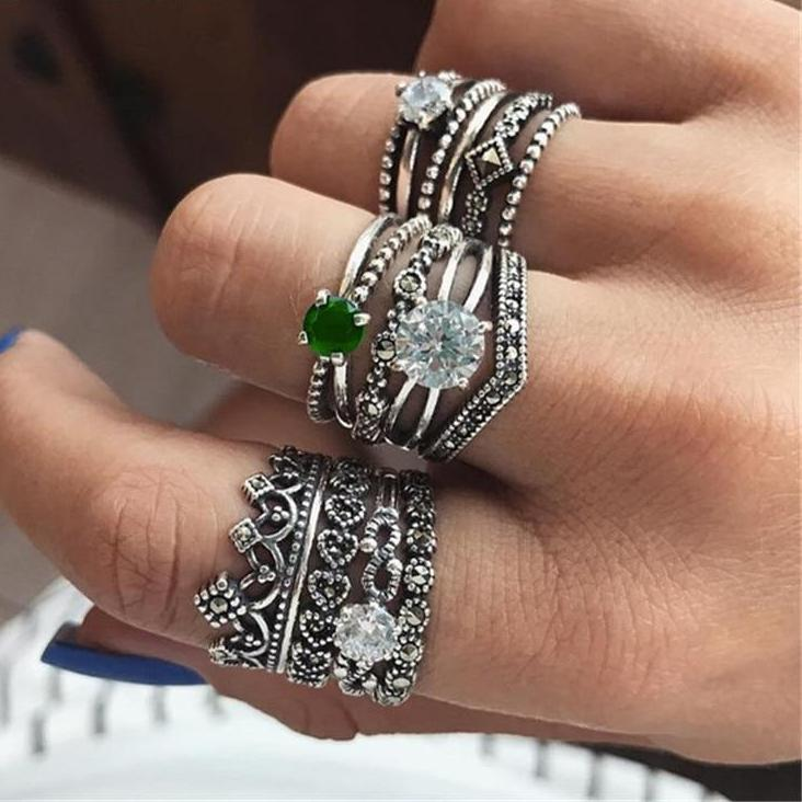 Vintage Green White Crystal Carved Crown Rings Set. 12pcs.