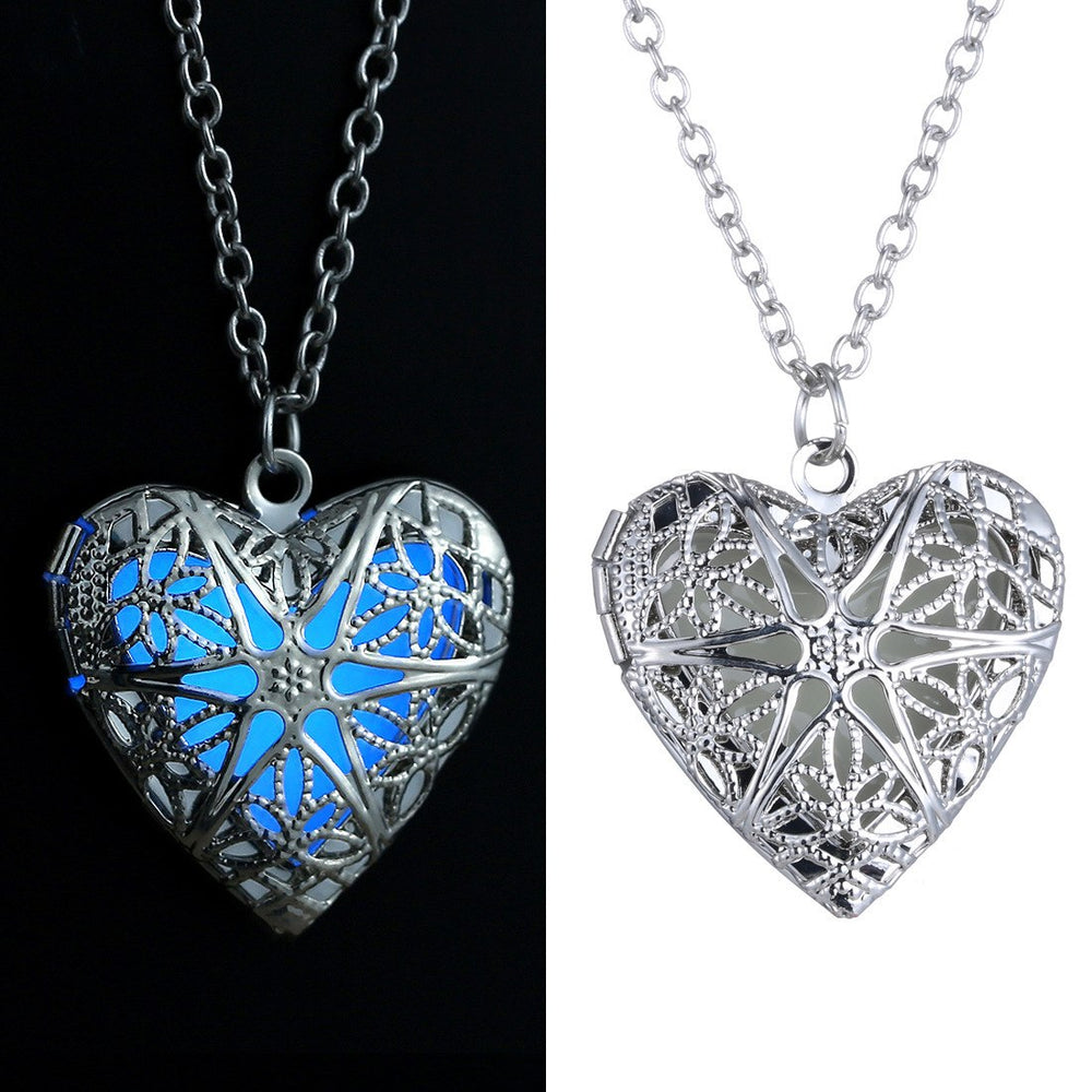 Steampunk Silver Hollow Luminous Heart Pendant Necklace