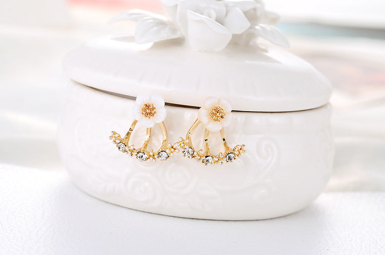 Daisy Crystal Stud Earrings - Trinket Fascinations Jewelry
