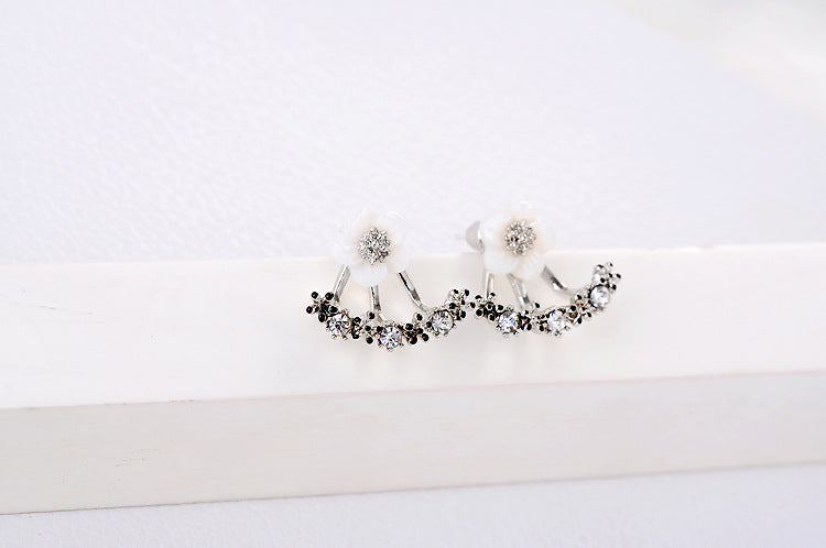 Daisy Crystal Stud Earrings