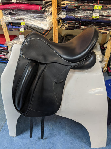 Consignment Custom Wolfgang Solo Dressage Saddle