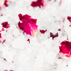 Bath Salt	- Magnesium & Rose Blossoms 300ml