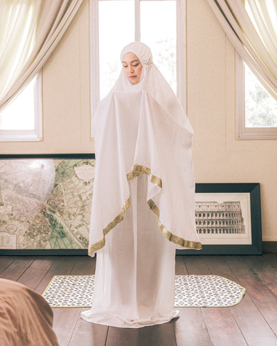 The White Dune Prayer Robe