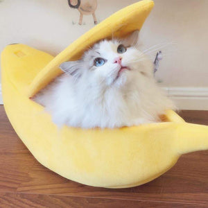 Banana Cat Soft Pet Bed