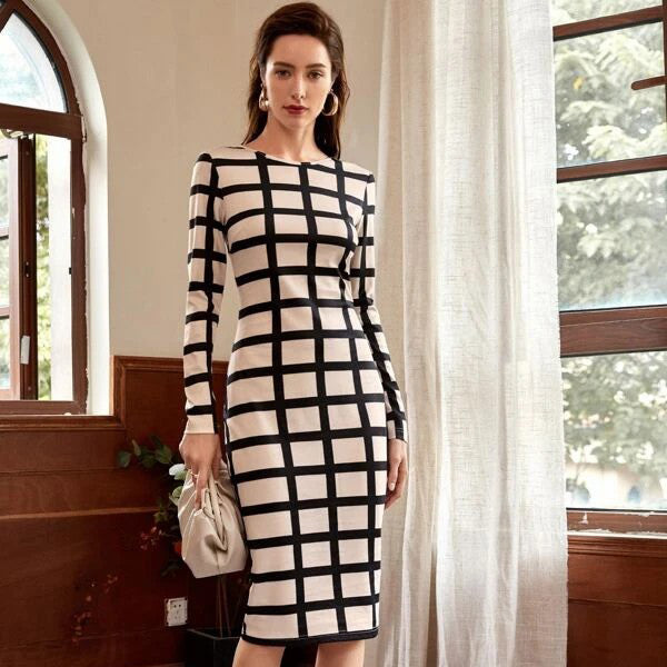 Round Neck Grid Dress