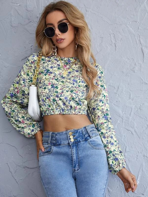 Ditsy Floral Criss Cross Tie Back Crop Blouse