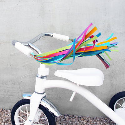 bike-streamers-kids-blues
