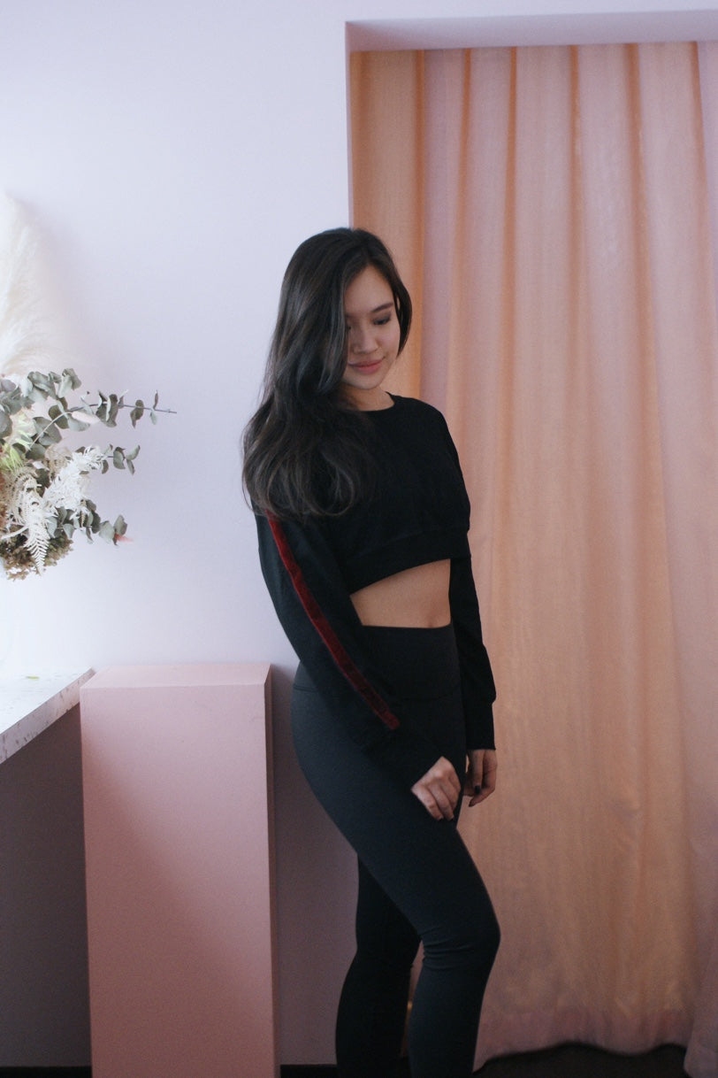 Monica Crop Pullover - Black