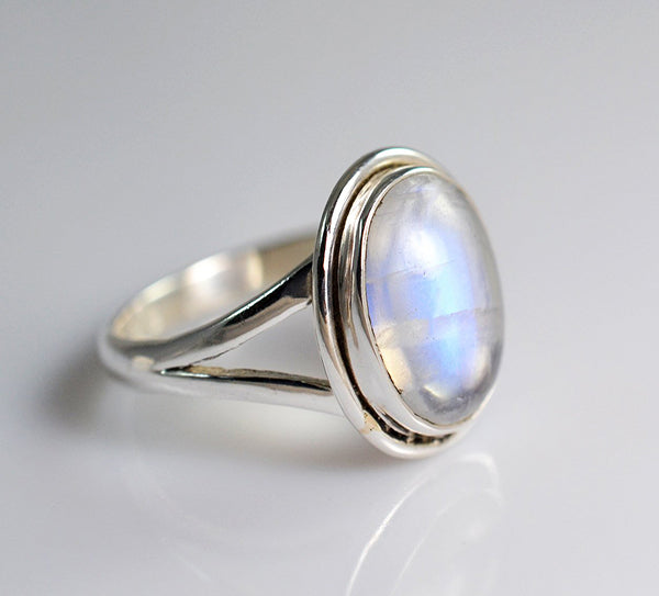Rainbow Moonstone 925 Solid Sterling Silver Handmade Basic Ring - NavyaCraft