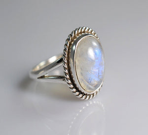 Rainbow Moonstone 925 Solid Sterling Silver Handmade Braid Ring - NavyaCraft