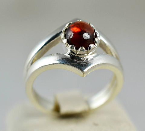 Garnet 925 Solid Sterling Silver Handmade Checker Crown Ring - NavyaCraft