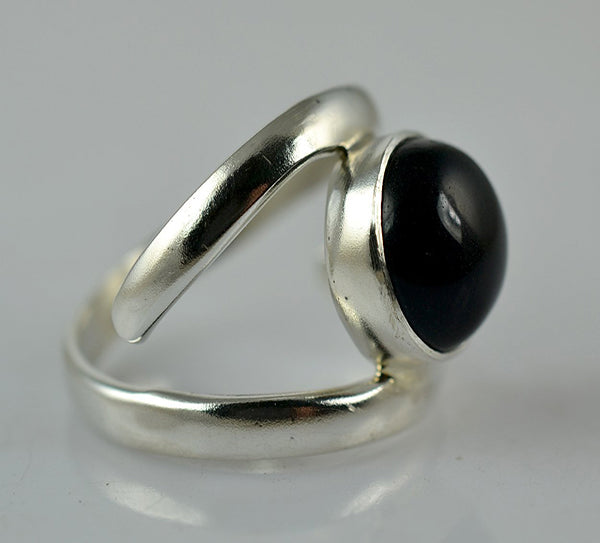 Black Onyx 925 Solid Sterling Silver Handmade Midi Curl Ring - NavyaCraft